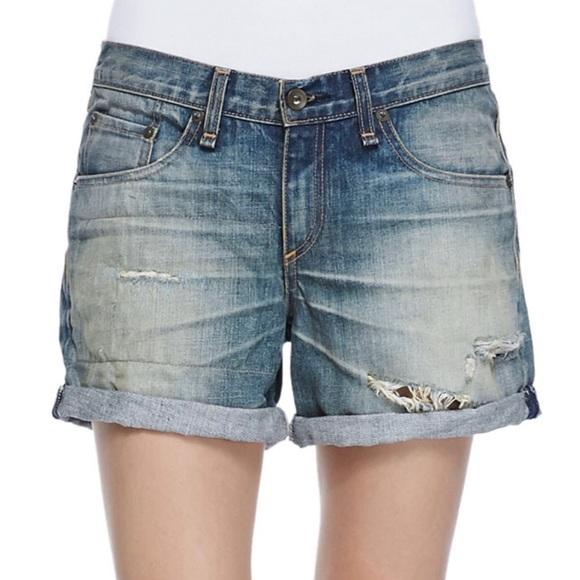 rag & bone Pants - Rag & Bone/JEAN Boyfriend Short in Surfer Repair